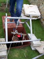 Установка нового насоса водоснабжения на даче, продажа замена насоса водопровода для автономного водоснабжения коттеджа